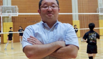 文京学院大学女子高等学校女子バレーボール部 吉田岳史顧問